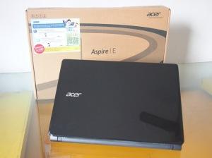 Laptop Bekas Acer E1-410